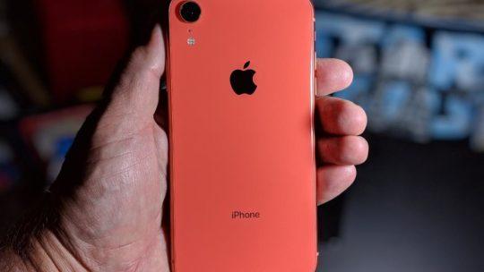 Apple iPhone XR: recensione e caratteristiche dello smartphone